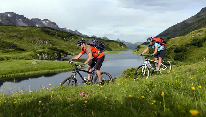 Mountainbiken en outdoor activiteiten