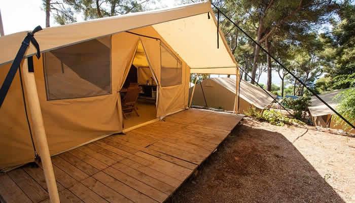 Luxe tenten en stacaravans van Homair
