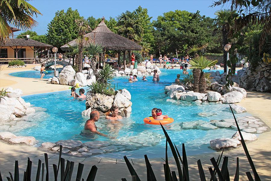 Aanbiedingen en korting Camping Tahiti Lido di Nazioni