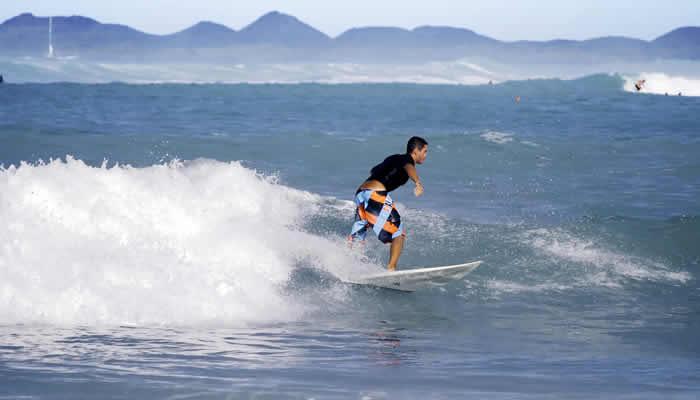 Fuertevenutra, vakantie en surfen