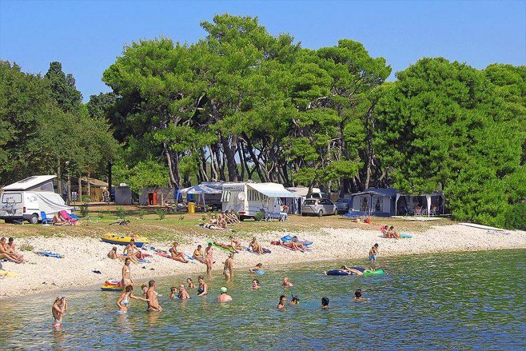 Aanbiedingen en korting Arena Stoja Campsite Pula