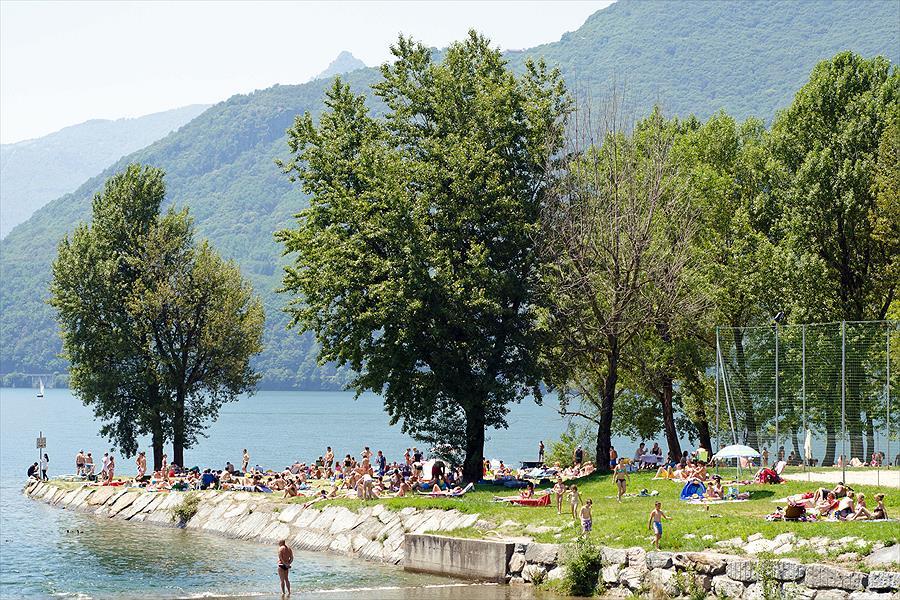 LAGOCAMP - Maccagno bij Maccagno (Varese)