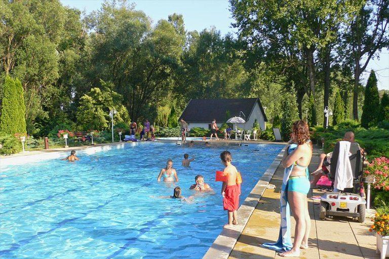 Aanbiedingen en korting Balatontourist Camping & Bungalows Zala Keszthely