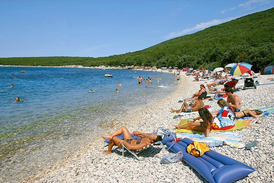 Camping Slatina in Martinšćica is een kindvriendelijke camping in Kroatië