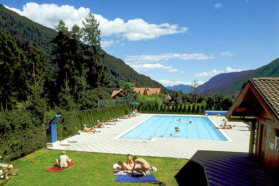Dolomiti Camping Village in Dimaro-Folgarida is een kindvriendelijke camping in Italië