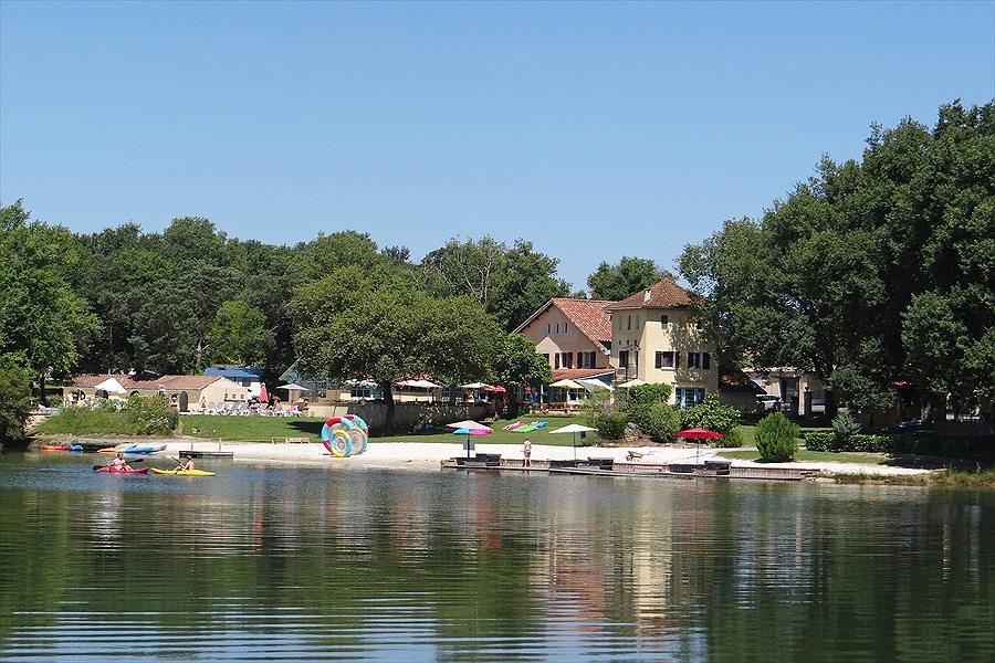 Aanbiedingen en korting Camping Domaine Lacs de Gascogne Seissan