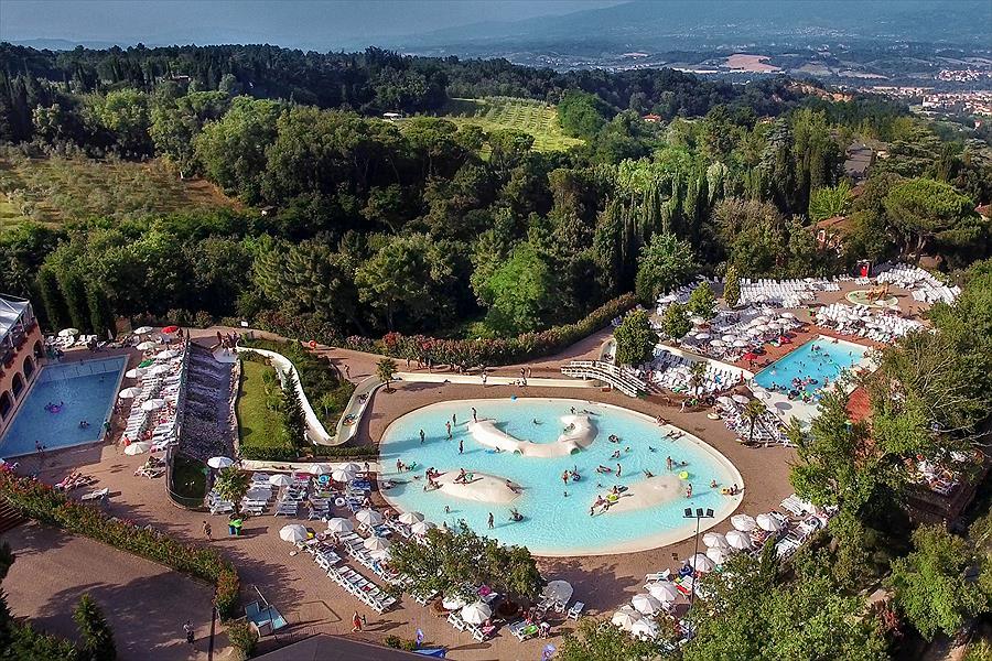 Camping Norcenni Girasole Club in Figline Valdarno is een kindvriendelijke camping in Italië