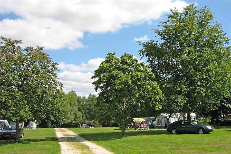 Campingpark Reinsfeld bij Reinsfeld (Rijnland-Palts)