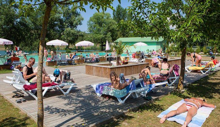 Aanbiedingen en korting Camping Les 3 Lacs du Soleil Trept