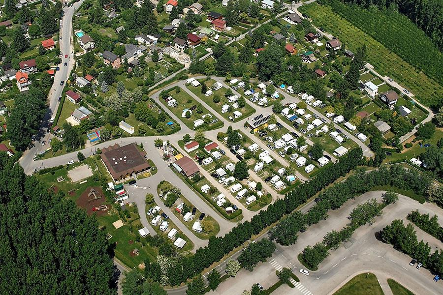 Donaupark Camping Klosterneuburg in Klosterneuburg is een kindvriendelijke camping in Oostenrijk