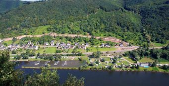 Aanbiedingen en korting Knaus Campingpark Burgen/Mosel Burgen
