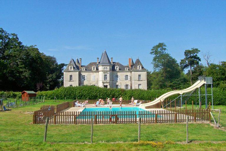 Aanbiedingen en korting Camping Yelloh! Village Château La Forêt Saint-Julien-des-Landes