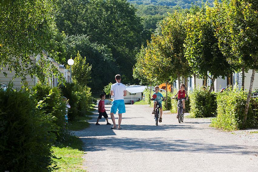 Camping Sites & Paysages Beauregard in Mesnois is een kindvriendelijke camping in Frankrijk