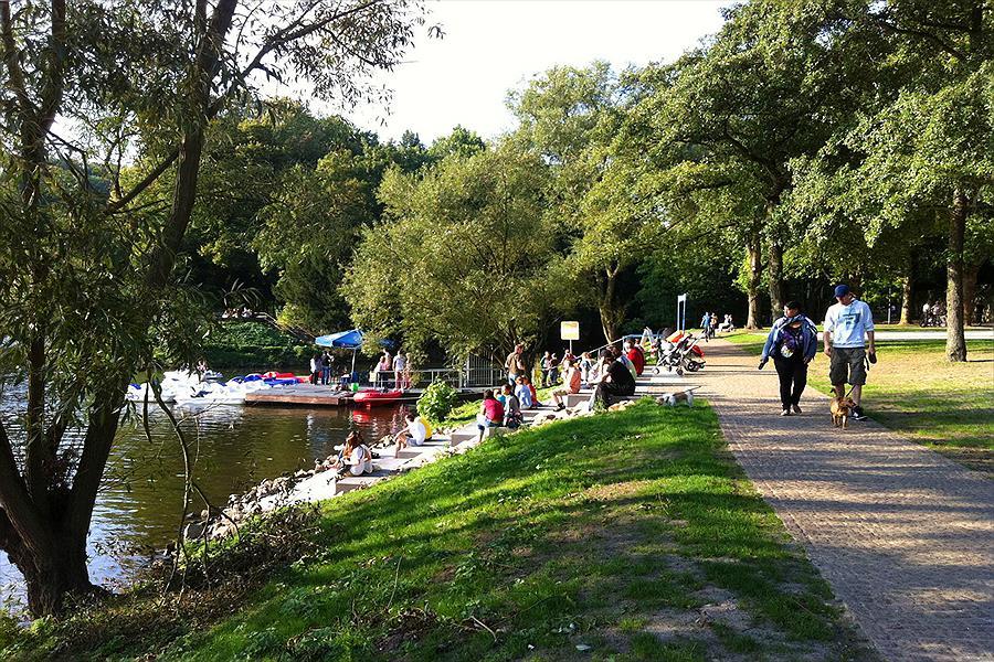 Knaus Campingpark Essen-Werden in Essen is een kindvriendelijke camping in Duitsland