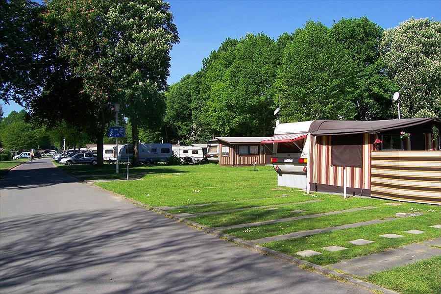 Knaus Campingpark Essen-Werden bij Essen (Noordrijn-Westfalen)