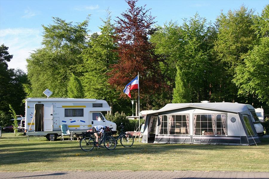 Knaus Campingpark Bleckede/Elbtalaue bij Bleckede (Nedersaksen)