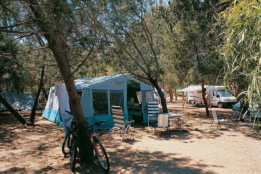 Camping Cigno Bianco in Tortolì is een kindvriendelijke camping in Italië
