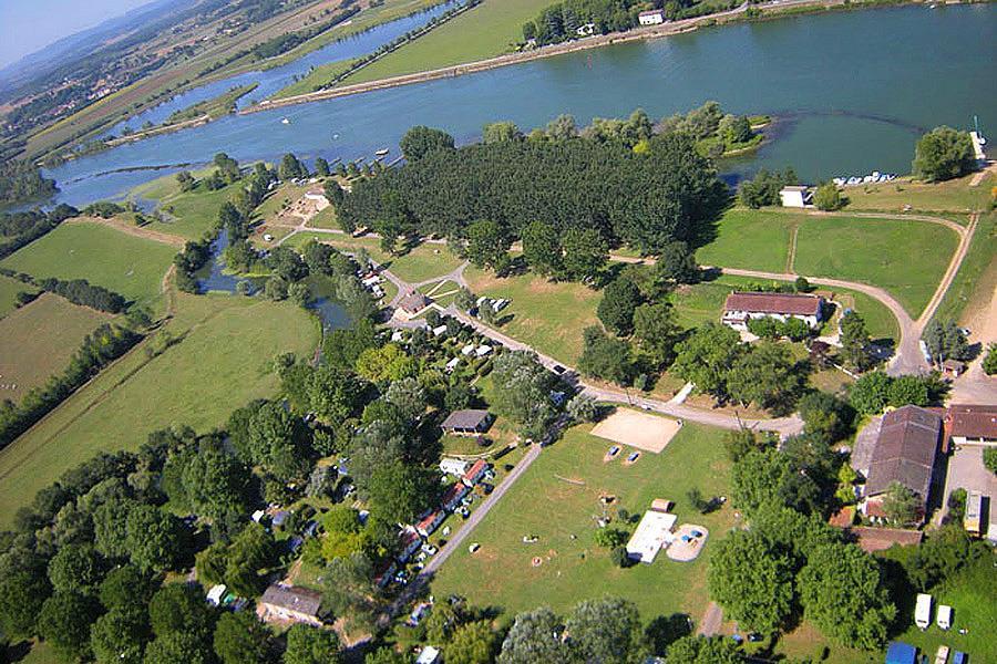 Camping Aux Rives du Soleil in Pont-de-Vaux is een kindvriendelijke camping in Frankrijk