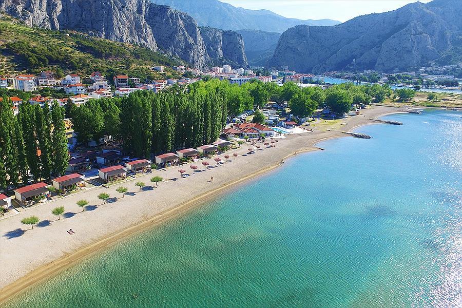 Camping Galeb in Omiš is een kindvriendelijke camping in Kroatië