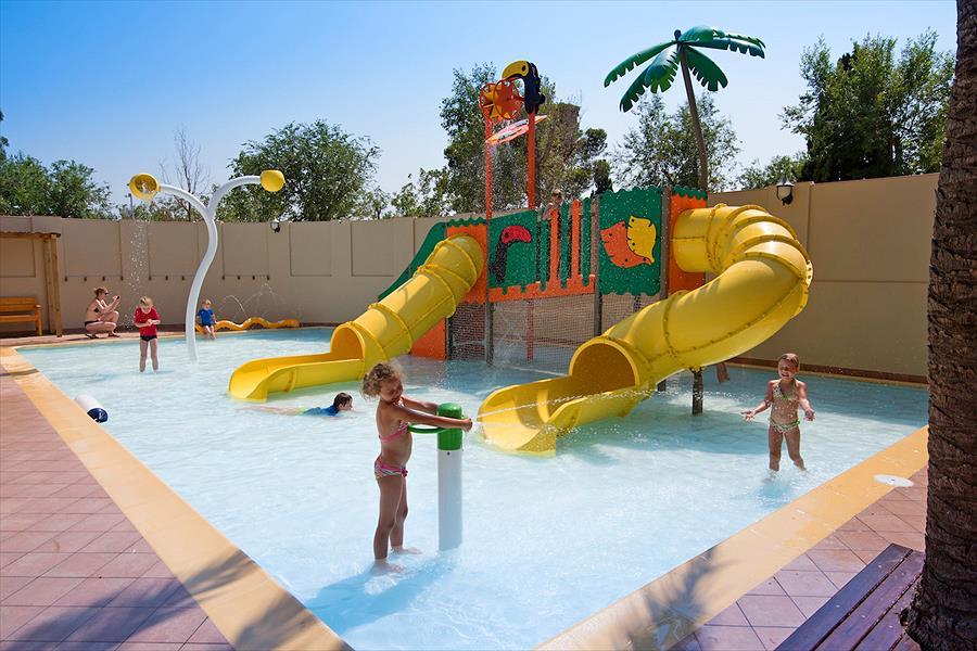 Camping Aquarius in Sant Pere Pescador is een kindvriendelijke camping in Spanje