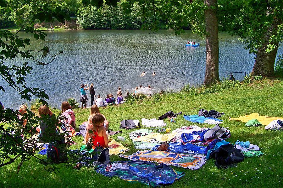 Knaus Campingpark Hennesee bij Meschede (Noordrijn-Westfalen)