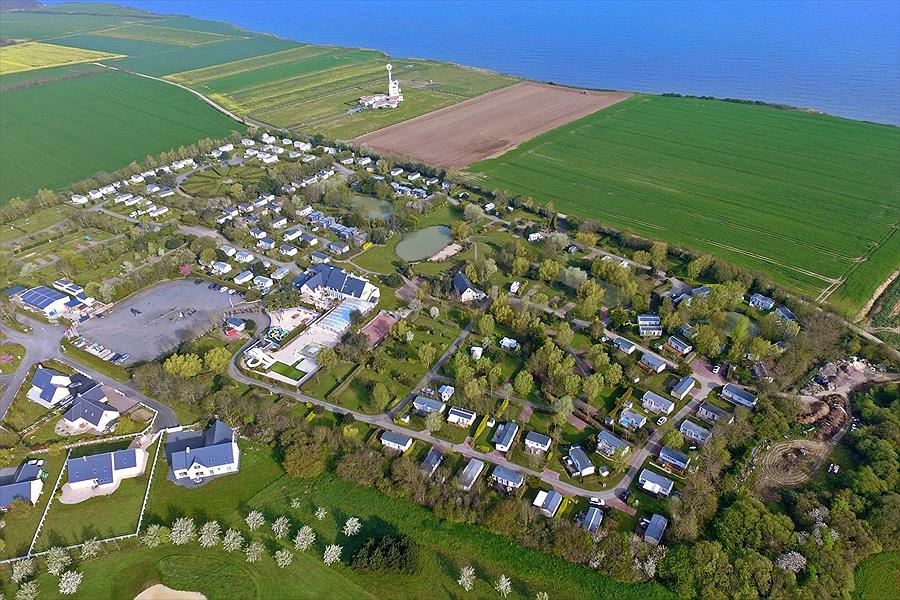 Camping Port'Land in Port-en-Bessin-Huppain is een kindvriendelijke camping in Frankrijk