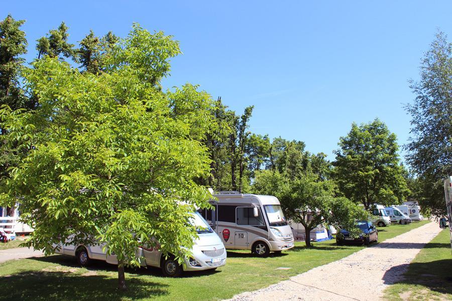 Camping Sokol Praha in Praag is een kindvriendelijke camping in Tsjechië