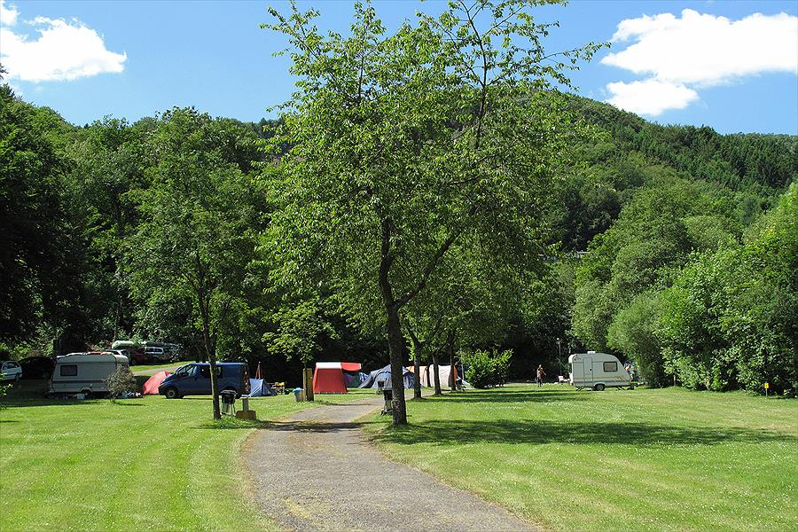 Campingpark Eifel bij Waxweiler (Rijnland-Palts)