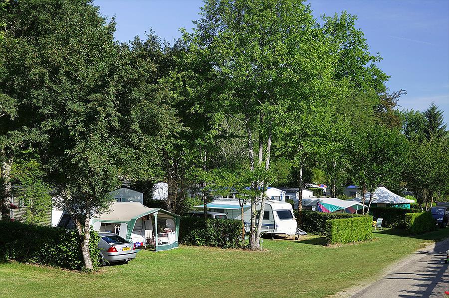 Camping Le Moulin du Roch in Sarlat-la-Canéda is een kindvriendelijke camping in Frankrijk