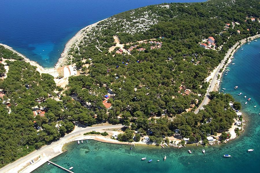Camping Poljana in Mali Lošinj is een kindvriendelijke camping in Kroatië