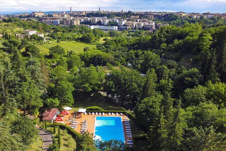 Aanbiedingen en korting Camping Colleverde Siena Siena