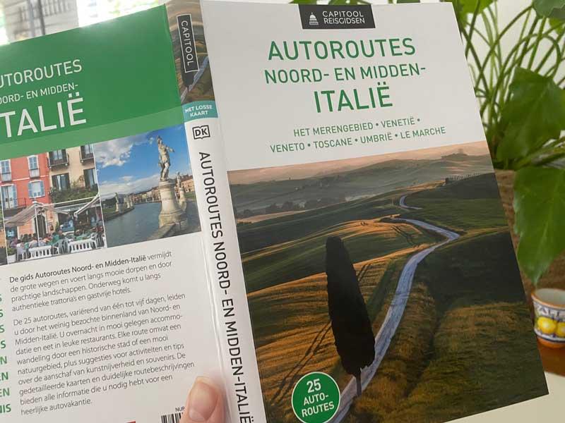 Boek met mooie autoroutes door Italië